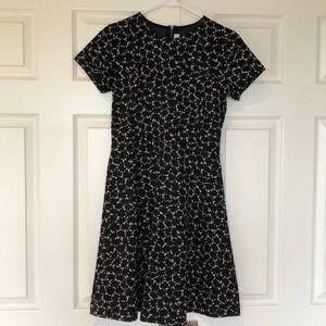 Patterned knee-length dress